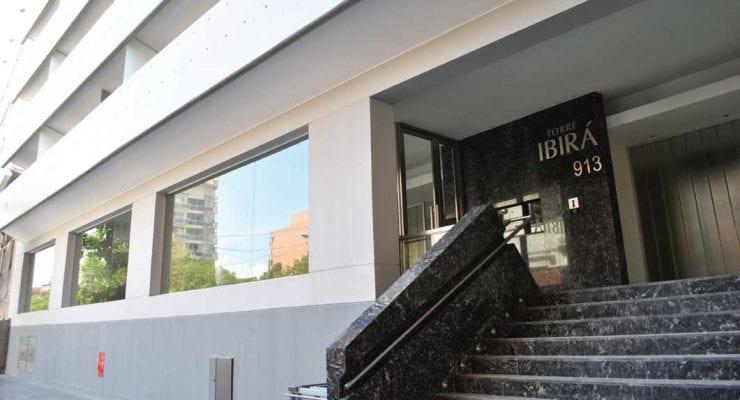 TORRE IBIRÁ Alto nivel constructivo y diseño de vanguardia